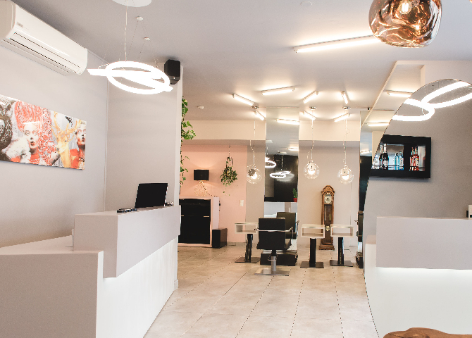 Salon waldhauser hairstylist