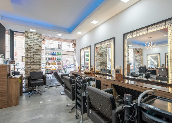 Salon King & Queen HairRoom